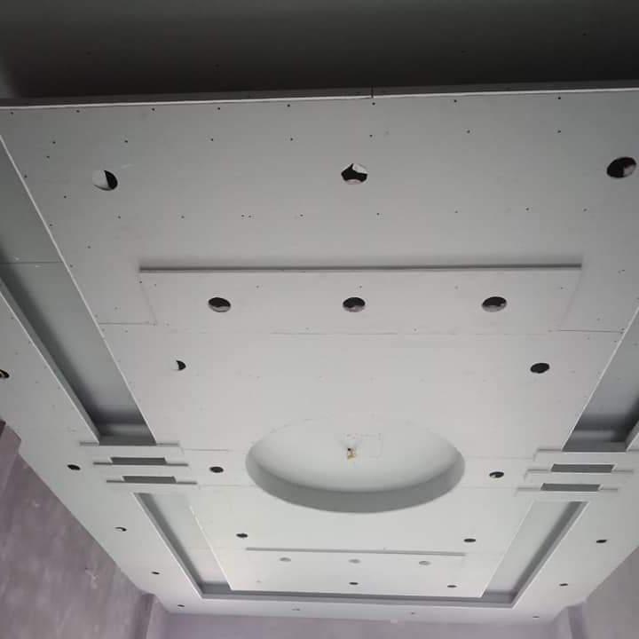 Thi công trần nhà thạch cao cho ngôi nhà hiện đại