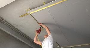 Ốp tường ngăn phòng bằng thạch cao giá rẻ uy tín tại TPHCM